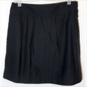 Banana Republic Size 8 Black Gabardine Skirt